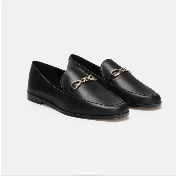 d4e08462461 NWT Zara leather loafers